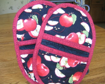 Apples Oven Mitts - Set of 2