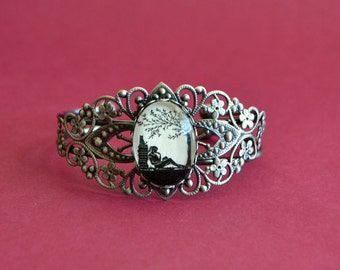 AFTERNOON READING in the PARK Bracelet - Silhouette Jewelry