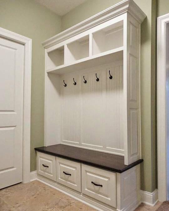 Mudroom Wall Storage Unit : The virginia mudroom lockers bench storage furniture cubbies