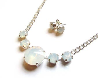 White Opal Swarovski Crystal Necklace Earring SET, Summer Jewelry, Swarovski Jewelry, Crystal Necklace, Crystal Earrings, Gift for her