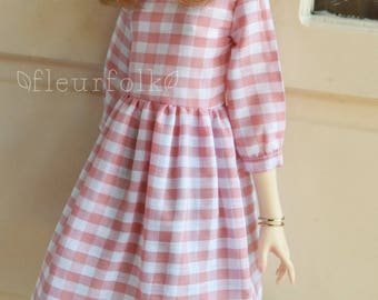 SD13 -Simple Day- Checkered Dress