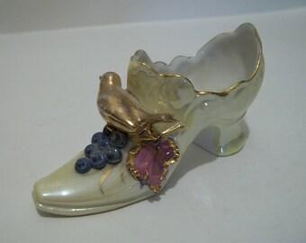 Vintage 1911 German Porcelain Shoe Bird and Grapes