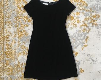 Vintage Hugo Buscati Black Velvet Short Sleeve A-line Dress / Classic Black Velvet Dress Size 4 Small / Bateau Neck Dress