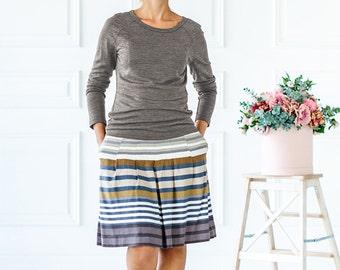 Raglan long sleeve for breastfeeding moms Nursing long sleeve top Breastfeeding sweatshirt Gift for new mom