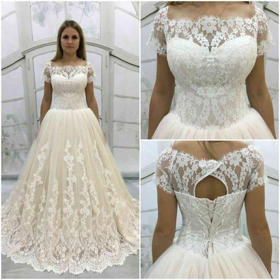 Vintage inspirierte voll Spitze Licht-als-Luft-Hochzeitskleid