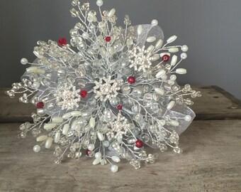 Ivory snowflake bridesmaids bouquet - Christmas wedding bouquet - winter wedding - flowergirl - child - red wedding