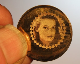 Pendants, etc.,Engravings on all Metalplates, Picture-engraving,Signatures,Typing