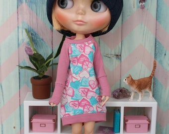 Fun dress for Blythe doll
