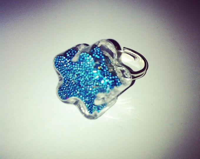 Glass with Pearlescent turquoise flower dome ring