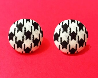 """Handmade """"Victoria"""" Black Houndstooth Print Fabric Button Earrings 3/4"""""""