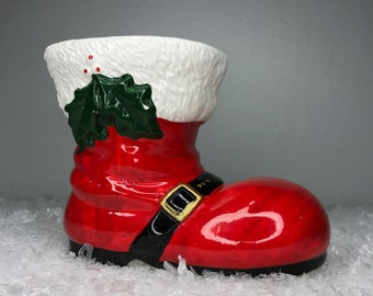 vintage ceramic Christmas boot with holly