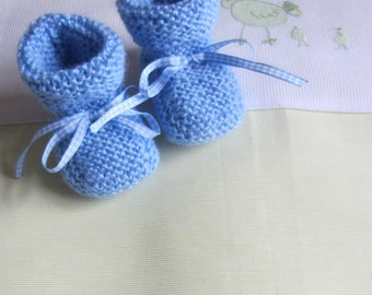 """Baby booties """"blue"""" in size newborn - hand made knit"""