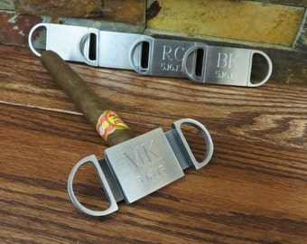Set of 5+ Personalized Cigar Cutter - Guillotine Cutter - Groomsmen Gift - Wedding Party (GC155)