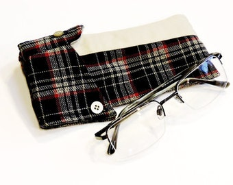 Eco Sunglasses Case, Upcycled Navy Plaid Shirt Collar Fabric Eyewear Pouch, Original OOAK Handmade Eyeglass Sleeve itsyourcountry