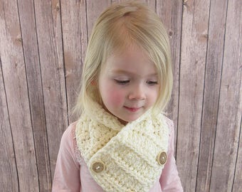 May Crochet Cowl Pattern in Toddler, Child and Adult Sizes