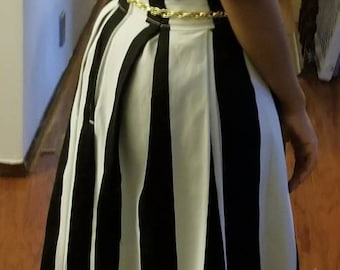 New black and white pleated maxi Skirt for the fall!!!
