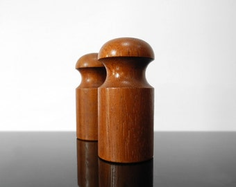 Salt and Pepper Shaker / Teak / Mid Century / Vintage