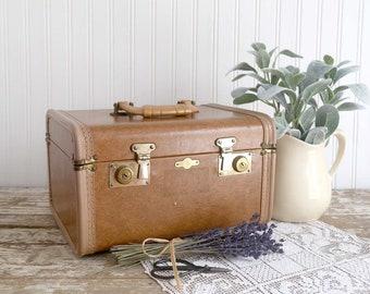 Vintage Train Case, Travel Case, Empire Travel Luggage, Vanity Travel Case, Leather Travel Case