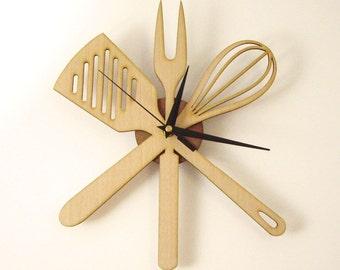 "Wooden wall clock - "" KITCHENWARE """