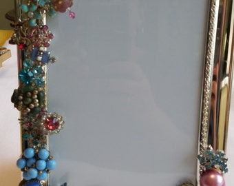 Embellished vintage jewelry picture frame