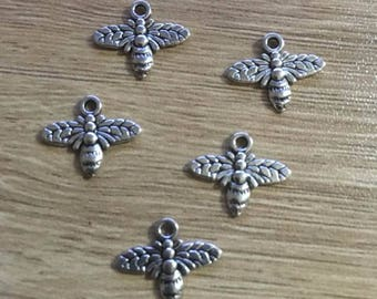set of 8 14 x 16 mm antique Tibetan silver bee charms