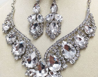 Bridal jewelry set, bridal necklace statement, Wedding jewelry set, backdrop necklace, crystal necklace, evening jewelry, bridal earrings