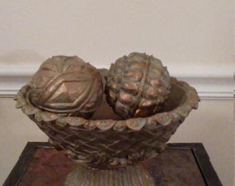 Vintage 3-Piece Decorative Bowl Set