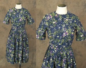 Clearance SALE vintage 50s Dress - Midnight Blue Floral Dress - 1950s Day Dress Sz S M