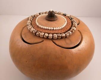 Lidded gourd art vessel