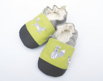 SALE Organic Vegan Fox in Grass / non-slip soft sole baby shoes / made to order / Babies Toddlers Preschool