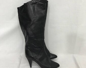Vintage 1980s Soft Black Leather 6 1/2 Knee High Heeled  Boots