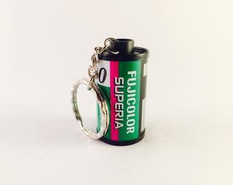 35mm Film Canister Keyring - Fujifilm Superia 200