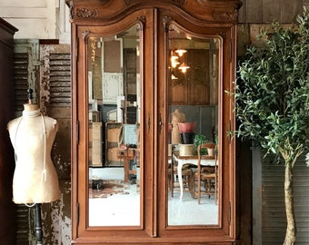 Lovely original vintage French double door Louis XV armoire / linen press