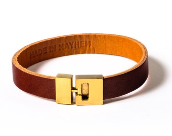 Italian Brown Leather bracelet for men, available is small medium and large. Also a great women's accessories for everyday wear. Made in USA