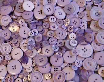100 Lavender Buttons, Assorted Size Mix, Sewing Crafting Jewelry Collect (1398 )