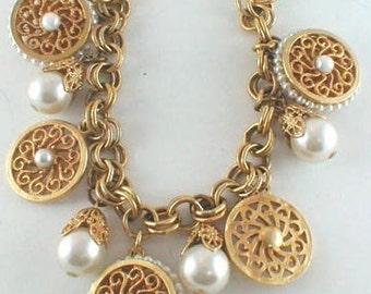 Vintage Gold-Ton Faux Perle Charm Armband unbenutzt