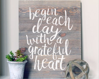 Grateful Heart Wood Sign   Farmhouse Sign   Quote Sign   Painted Barn Wood Sign