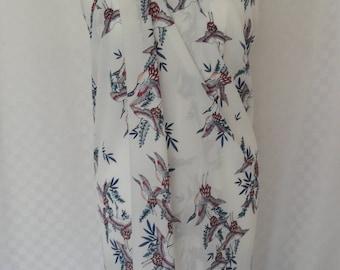 Sarong, Elegant swan print sarong, Beach cover up, Oversized scarf, Shawl, Beach wrap, Fashion accessories