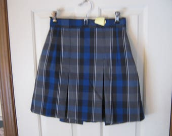 Casson school uniform 2-kick pleat blue plaid skirt girls 7 1/2 plus -- new dead stock