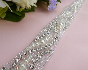pearl sash belt, pearl and rhinestone belt, wedding sash belt, bridal sash belt, beaded sash belt, jeweled belt, beaded belt, wedding belt