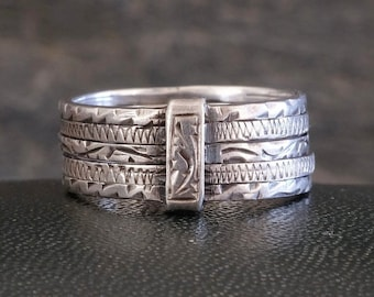 ETCHED SILVER RING