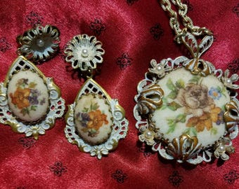 Vintage Earring and Necklace set