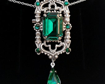 Green Gothic Necklace Goth Jewelry Victorian Emerald Swarovski Pendant Brooch Gothic Brooch Pin Green Broach Victorian Gift for her