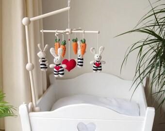 baby mobile with bunnies and carrots / crochet crib mobile / nursery decor / kids room / rabbit carrot heart