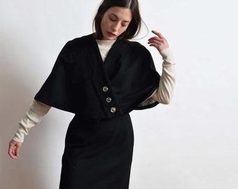 1940s Black Wool Capelet and Skirt Suit Set 40s Vintage Dress Set 28 M