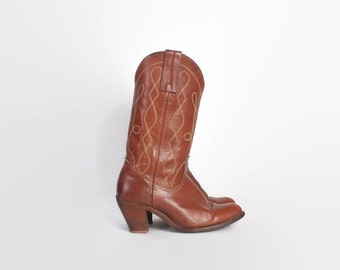 Vintage 80s FRYE BOOTS / 1980s Caramel Brown Leather Stack Heel Western Boots 7 1/2
