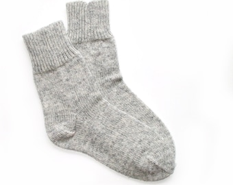 Women's knitted lambswool Socks/Gray/natural white/winter socks/woolen socks