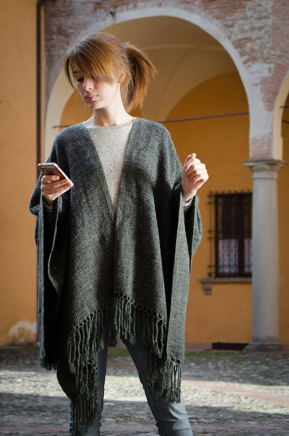 Wool Cape Green OOAK Poncho One color poncho Men's Gray Mohair Ruana Poncho Unisex Unisex Blanket size Handwoven Women's Handwoven Dark xqUZfR