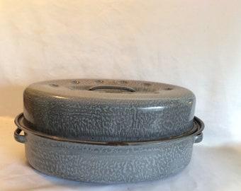 Small Vintage Graniteware Roasting Pan