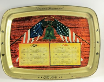 1776 1976 Bicentennial Metal Serving Tray Americana USA Calendar Flag Liberty